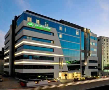 قضية الخطأ الطبي في مستشفى الجاردنز تتفاعل والمدعي العام يوقف الطبيب