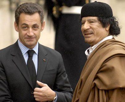 مهاجمة ساركوزي للقذافي