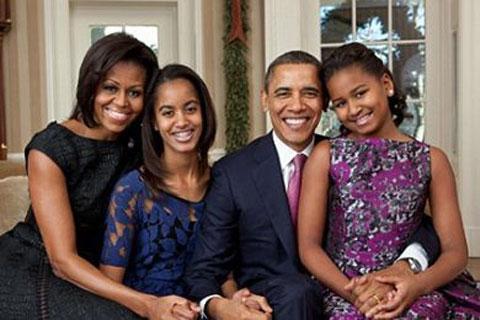 """أوباما يمنع ابنتيه استخدام """"فيس"""