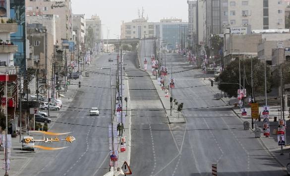 الحظر في عمّان - عدسة رعد العضايلة