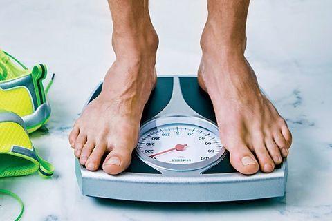 9 أخطاء تسبب زيادة الوزن