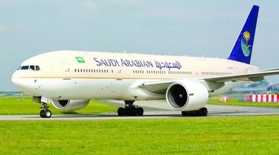 وفاة طفل على متن طائرة سعودية