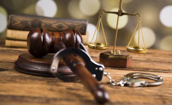 مطالبات بدوام مسائي لمحكمة الأحداث