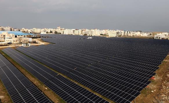 أورنج الراعي لمسابقة أفضل مشروع تخرّج بالطاقة المتجددة