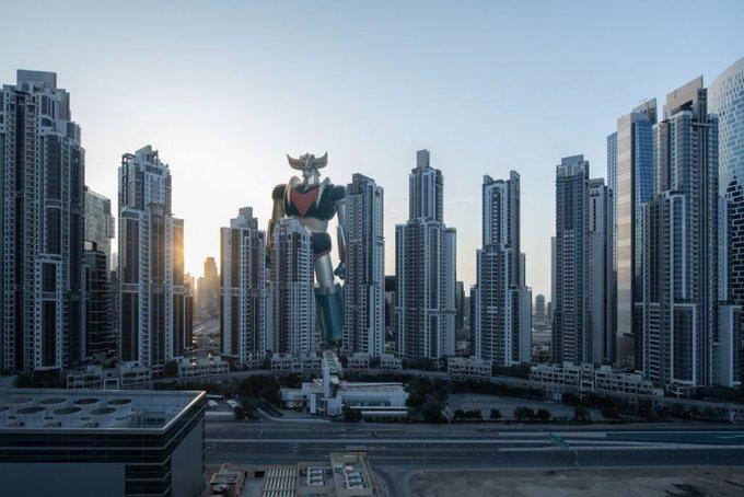 غريندايزر يحرس معالم دولة الإمارات