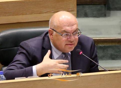 الحجز على أموال وزير الأشغال الأسبق سامي هلسة