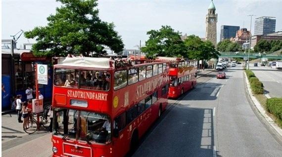 جولة في حافلة.. عبر الإنترنت