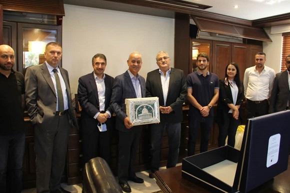 شركة الفيحاء للمواد الهندسية تكرم غرفتي صناعة الأردن وعمان