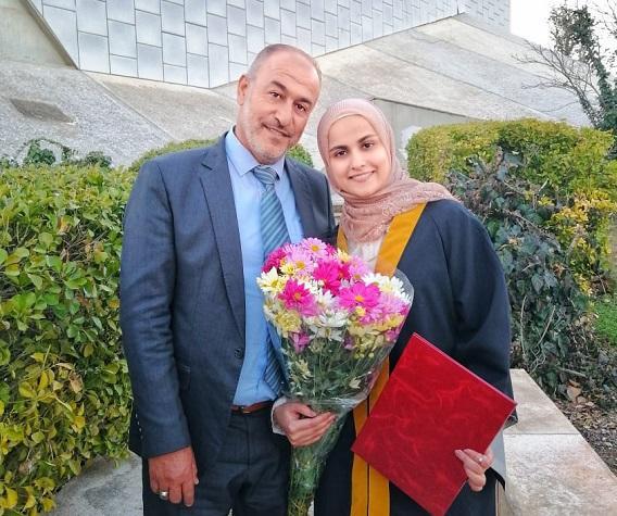 الدكتورة تسنيم محمود الغنانيم مبارك التخرج