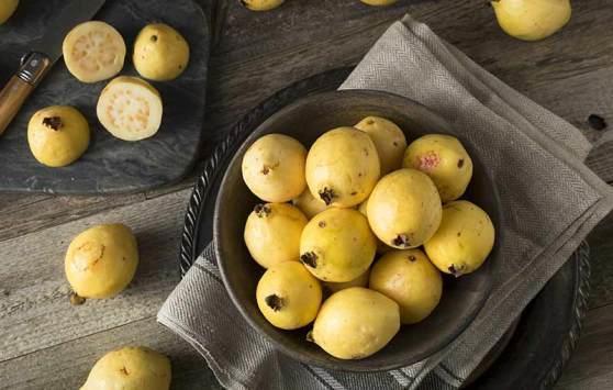 10 فوائد مذهلة للجوافة