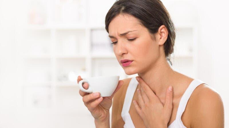 طرق منزلية لعلاج التهاب الحلق بالشتاء