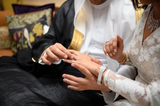 الحب بين الزوجين.. يطيل العمر ويجلب السعادة
