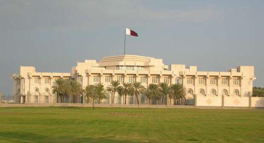 تعيين رئيسا جديدا للديوان الأميري القطري