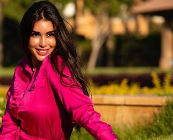 ياسمين صبري ترد على الشائعات حول حملها