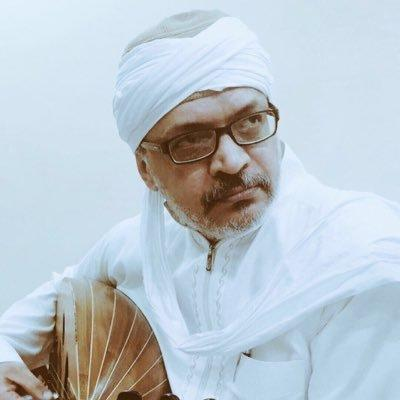 ابن طلال مداح لفتاة سعودية: على الأقل أعرف مين أبوي!