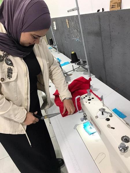 منصّة زين تُقيم دورة تدريبية لتمكين السيدات من العمل مع مصممي الأزياء