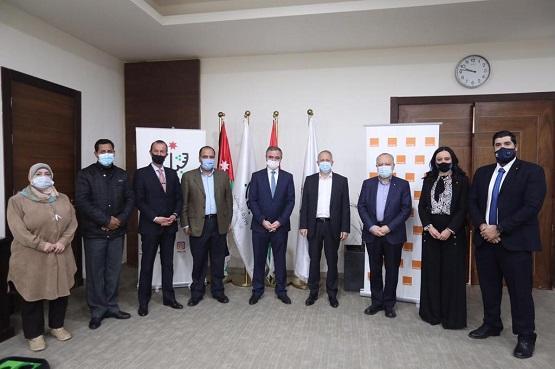 وزارة الشباب وأورانج الأردن توقعان اتفاقية في مجال المراكز الرقمية