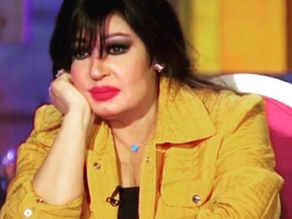 ممثلة مصرية تحذف صورة نادرة لها مع فيفي عبده