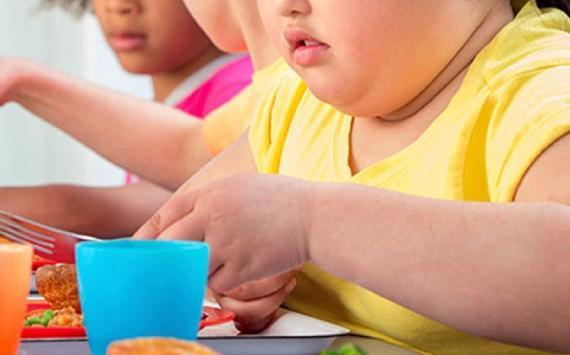 دراسة تكشف سر السمنة لدى الأطفال