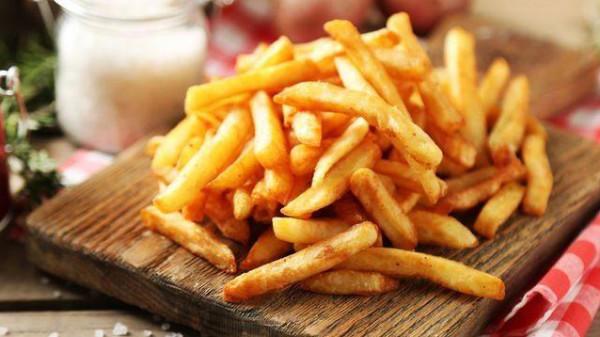 الآثار الجانبية لتناول المزيد من البطاطا المقلية