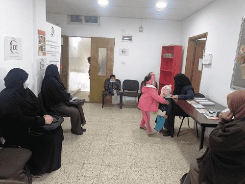 جامعة الزيتونة تقيم يوما طبيا مجانيا في الطفيلة