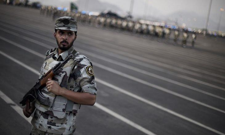 مقتل رجلي أمن ومواطن بإطلاق نار في الرياض