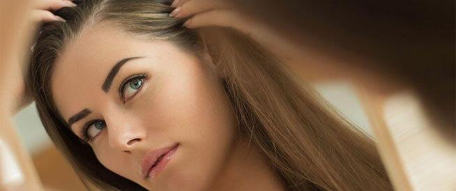 أخطاء شائعة تسبب غزارة قشرة الرأس