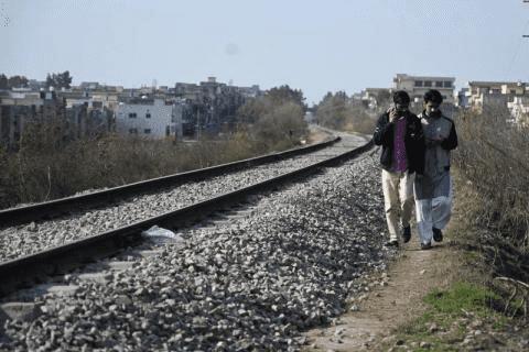 شاب يموت دهساً بالقطار أثناء تسجيل فيديو على تيك توك