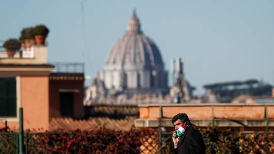 ارتفاع ملموس بإصابات ووفيات كورونا في إيطاليا