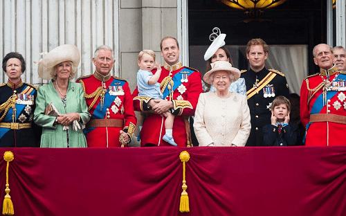 قواعد وتقاليد غير عادية للعائلة المالكة البريطانية
