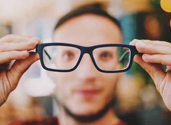 نظارات ذكية تعالج قصر النظر خلال ساعة ونصف يوميا