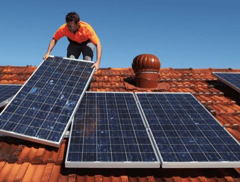 50 فرصة عمل في الطاقة الشمسية