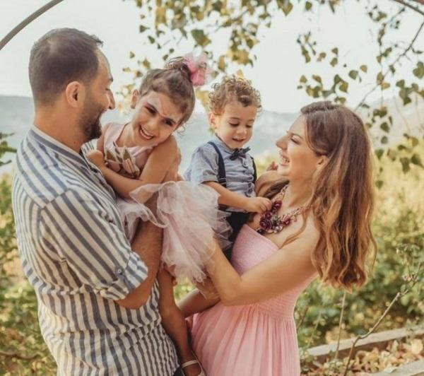 نجمة ستار أكاديمي تظهر مع زوجها داخل بركة سباحة - فيديو