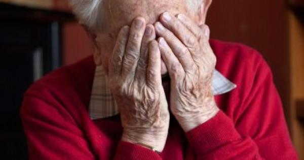 كيف تؤثر الوحدة على صحة كبار السن؟