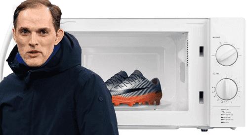 لماذا يسخن لاعبو تشيلسي أحذيتهم قبل المباريات؟