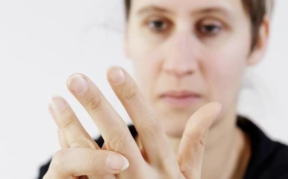تغير شكل الأصابع ينذر بالإصابة بمرض قاتل