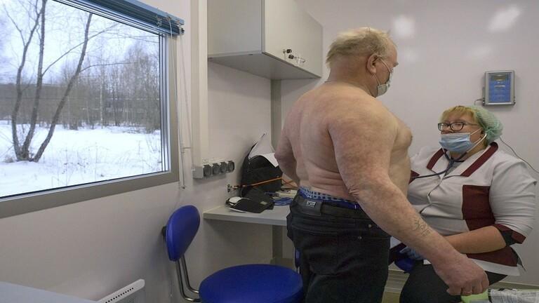 علماء: السمنة تقلل المضادات في الجسم بعد تطعيم كورونا