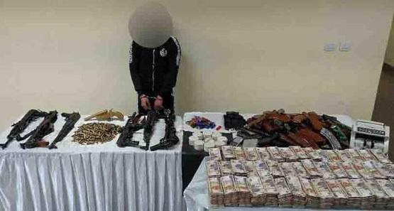 مصر.. توقيف زعيم عصابة لتجارة المخدرات