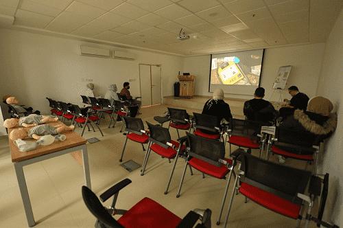نقابات ومجالس صحية تعتمد مركز الكندي للتدريب المتخصص