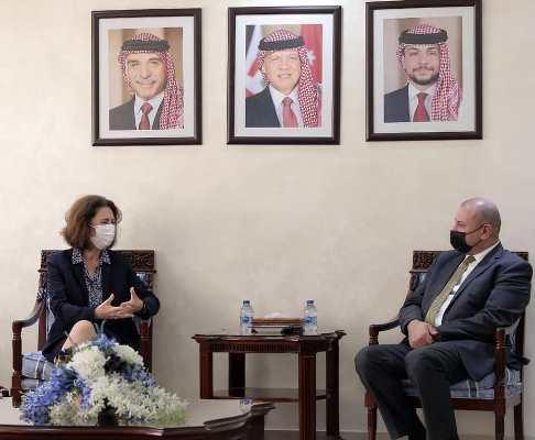 السفيرة الفرنسية: ندعم الأردن