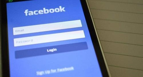 فيس بوك: لن نخطر المستخدمين الذين تسربت بياناتهم
