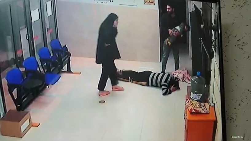 فيديو يحبس الأنفاس لإنقاذ طفلة فلسطينية مختنقة