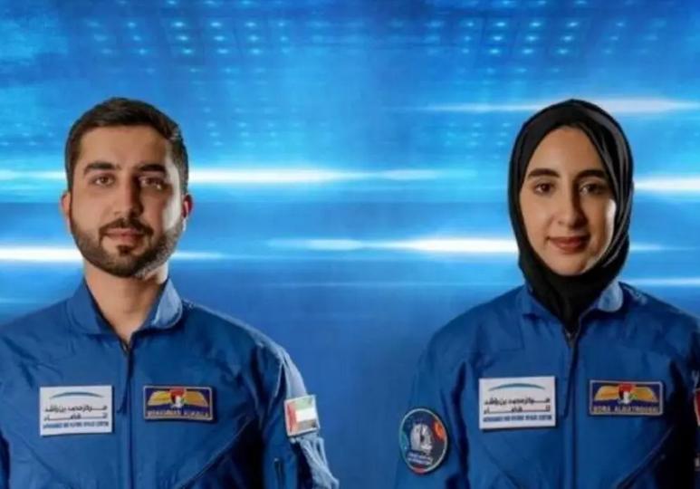 الإمارات تختار رائدي فضاء جديدين