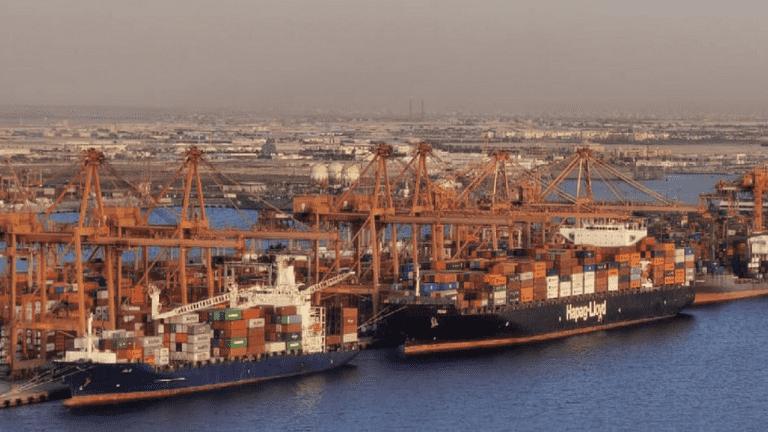 السعودية تغلق ميناء جدة