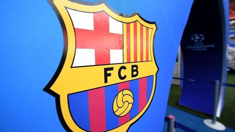 برشلونة يرفض الاستسلام بعد السقوط بالكلاسيكو