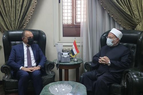 مفتي الديار المصرية يستقبل العضايلة