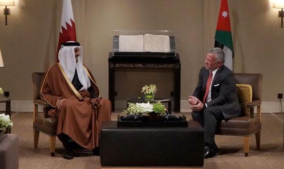 الملك يتلقى اتصالا من أمير قطر