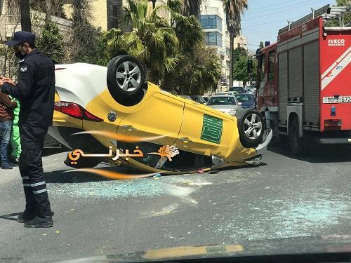انقلاب سيارة في الشميساني