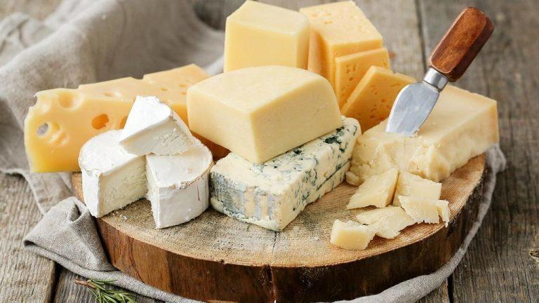 4 أنواع من الجبن مفيدة على وجبة السحور