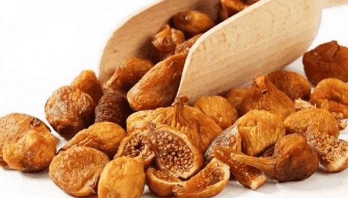 بماذا يمدنا تناول التين المجفف في رمضان؟